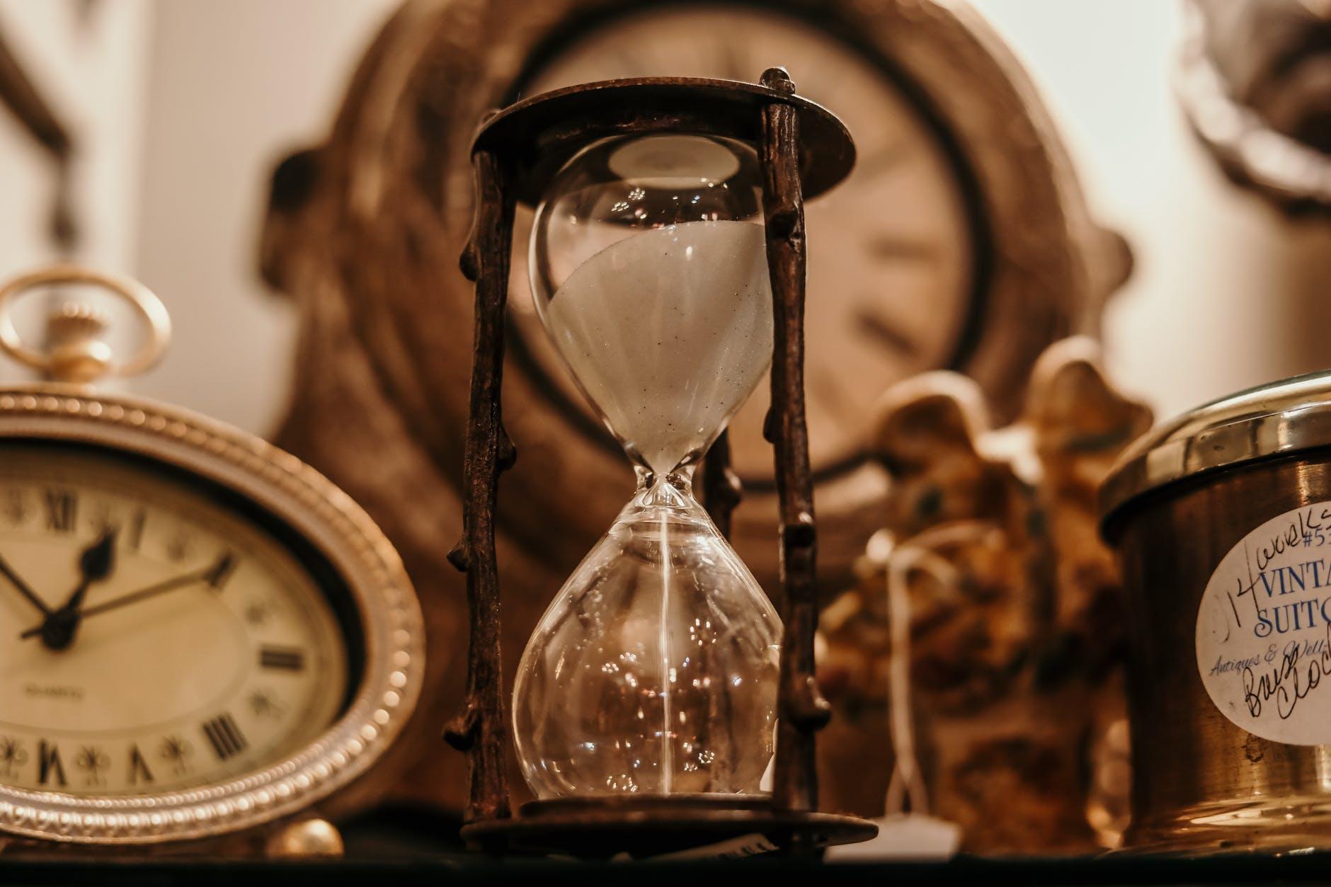 Immagine La percezione del trascorrere del tempo: come cambia, come influenza la nostra vita